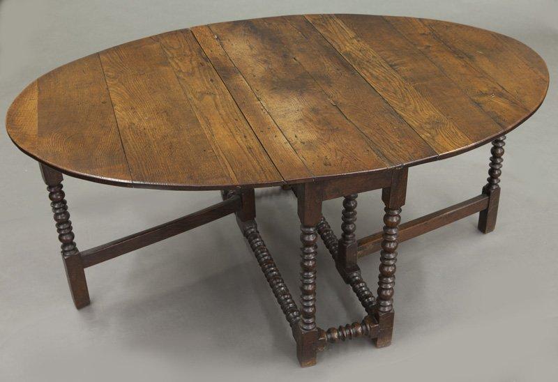 Large 18th C. English oak oval gateleg table - 7