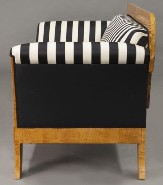 Austrian Biedermeier birch frame sofa, - 4