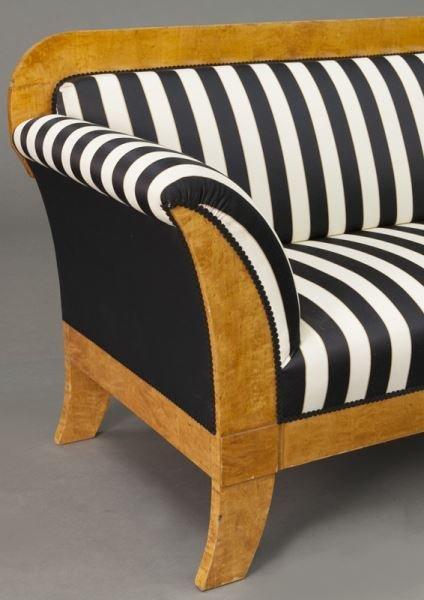 Austrian Biedermeier birch frame sofa, - 7