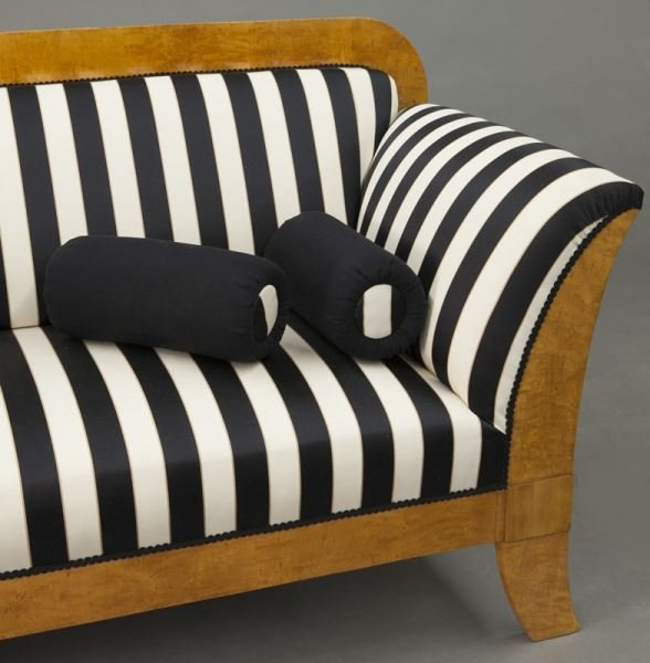 Austrian Biedermeier birch frame sofa, - 8