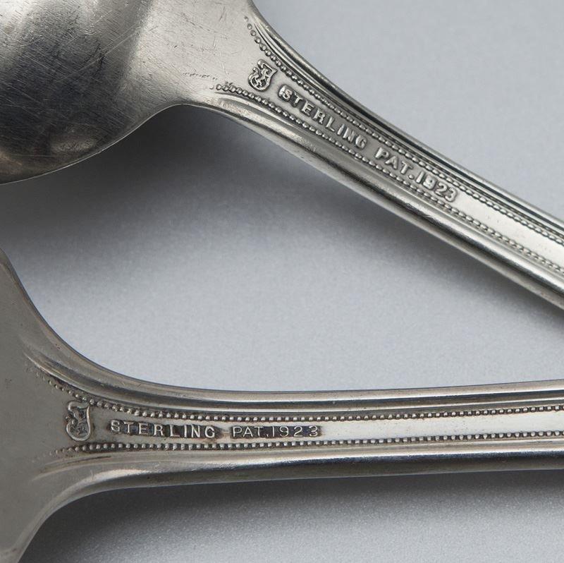 71 Pcs. Towle D'Orleans sterling flatware - 4