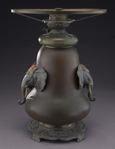 Bradley & Hubbard arts & crafts oil lamp - 5