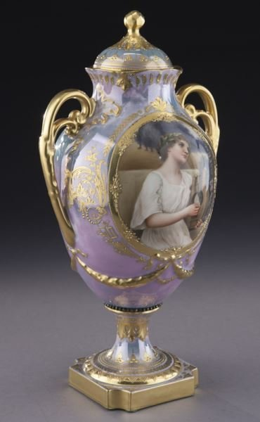 Royal Vienna lidded portrait urn with an - 2