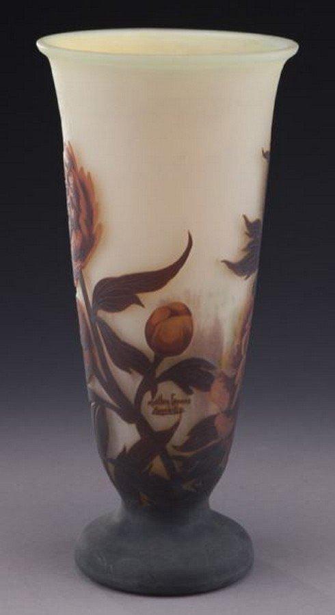 Mueller Fres Luneville cameo glass vase, - 4