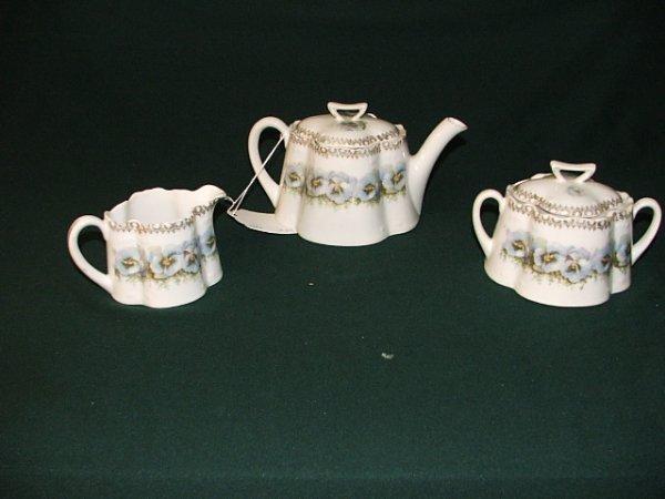 16: Bavarian tea set