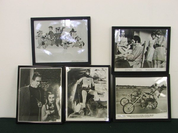 11: T.V. PICTURES, THE MUNSTERS, BATMAN, EZ RIDER, ELVI