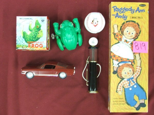 23: TOY GROUPING RAGGEDY ANNE& ANDY MAGIC DOLLS IN BOX