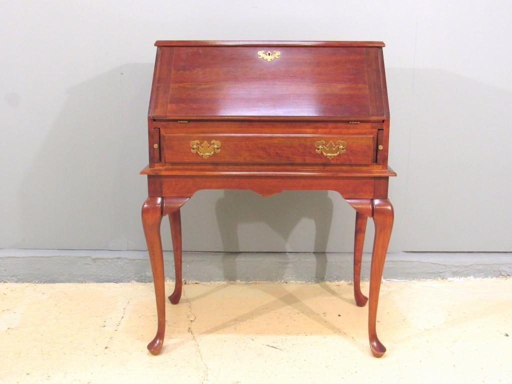Queen Anne Style Slant Front Ladies Desk