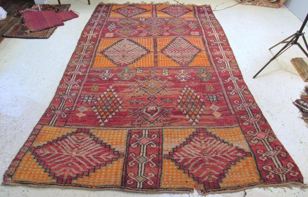 "Oriental Carpet (Turkish or Afghani) 5'6"" X 8'7"""