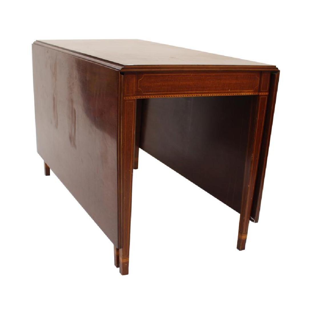 Biggs Furniture Vintage Drop-Leaf Dining Table