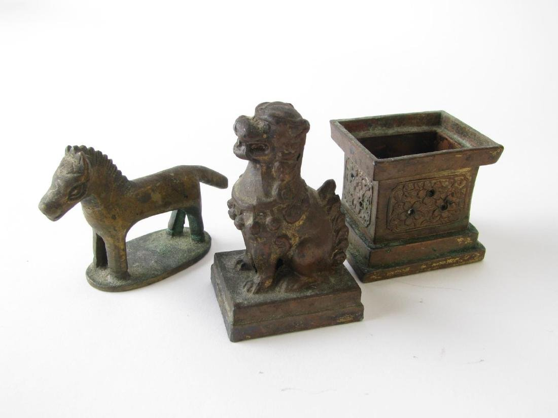 Group of Decorative Accessories - 4