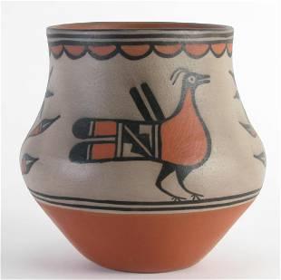 Robert Tonorio Santo Domingo Pottery Pot