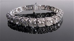 26CTW!! Platinum $100,000 Diamond Bracelet!!