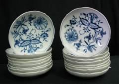 Sixteen Meissen Blue Onion Berry Bowls