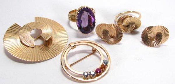 24: 14K Yellow Gold Rings, Pins, Earrings