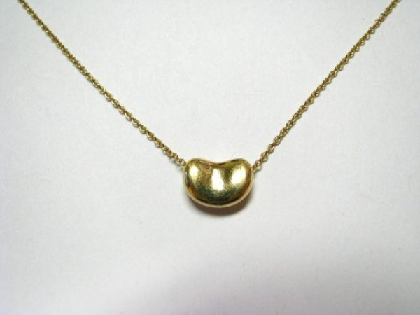 38: 18K Yellow Gold Tiffany Bean Necklace