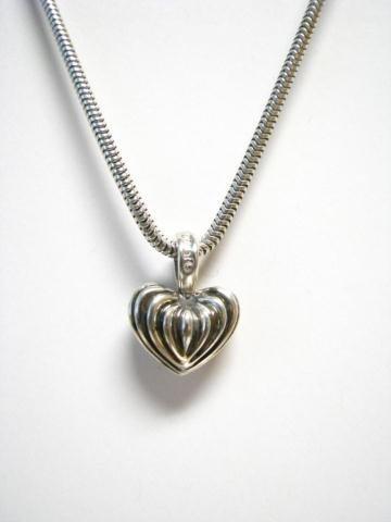 516: Lagos Fluted Heart Pendant, Chain