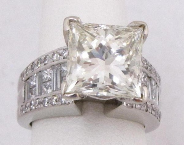 534: 7.01ct Diamond Solitaire, 14K White Gold Setting