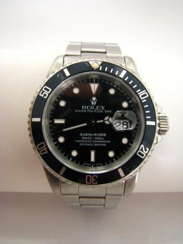 8A: Gent's Rolex Submariner Wristwatch