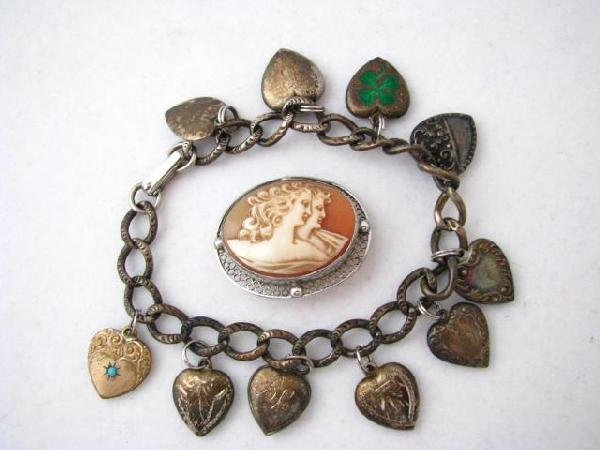 71: Sterling Heart Motif  Charm Bracelet, Cameo