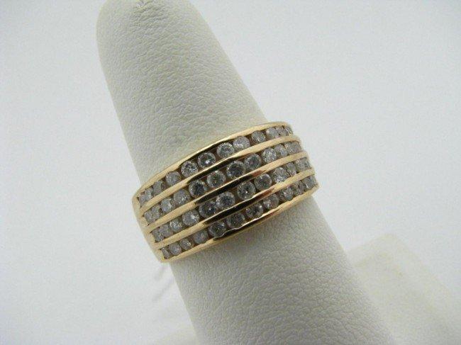 15: 14K Yellow Gold Diamond Band