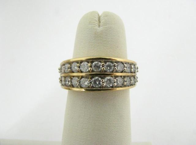 304: 10K Yellow Gold Diamond Ring
