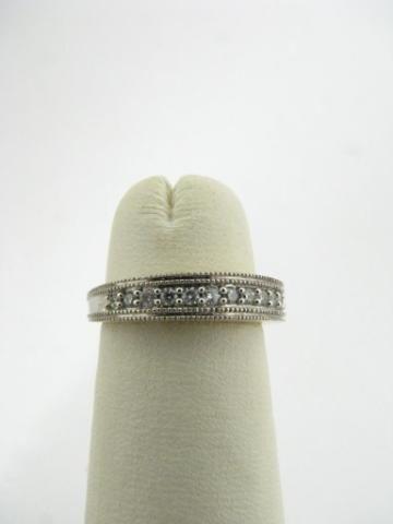 306: 14K White Gold Diamond Band