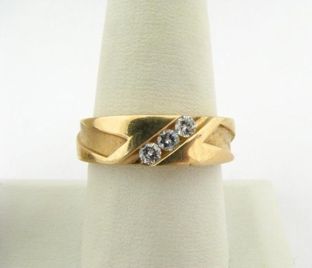 310: Gentleman's 14K Yellow Gold Diamond Ring