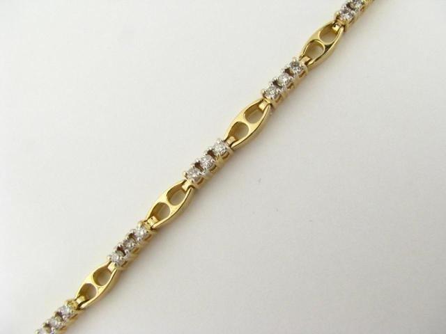 319: 14K Yellow Gold Diamond Bracelet