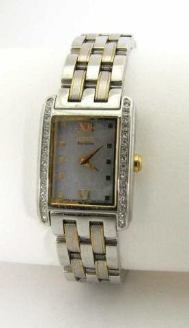 670: Citizen Lady's Stainless Wristwatch