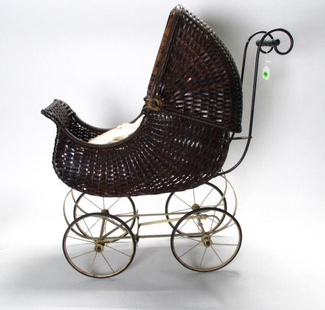 836: Vintage Wicker Doll Buggy