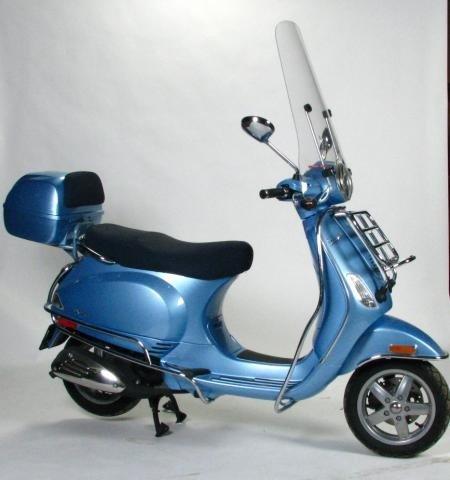 1A: 2006 Vespa LX 50 Scooter