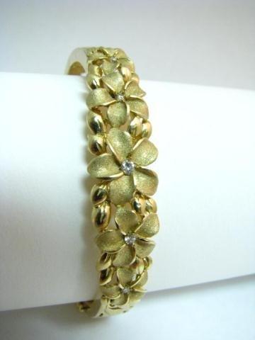 12: 14K Yellow Gold Diamond Bangle Bracelet