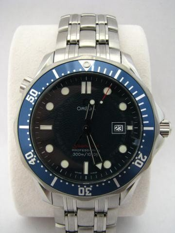 22: Gents Stainless Steel Omega Seamaster Watch