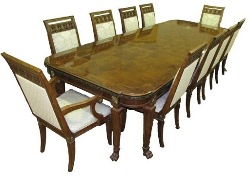 237: Exquisite Henredon Dining Table, Twelve Chairs