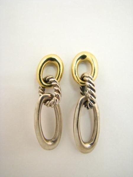 602: Lady's David Yurman Two Tone Earrings