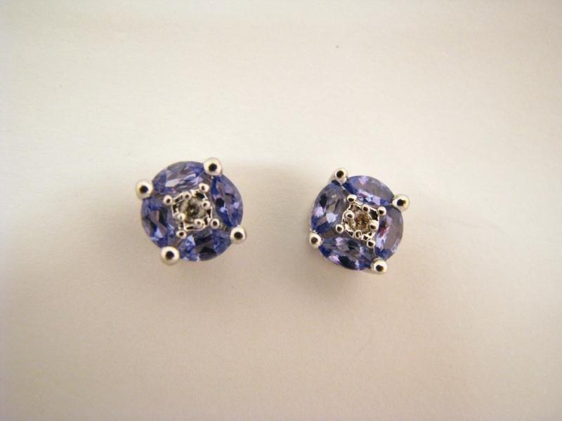 603: Lady's 14K WG Diamond & Tanzanite Earrings