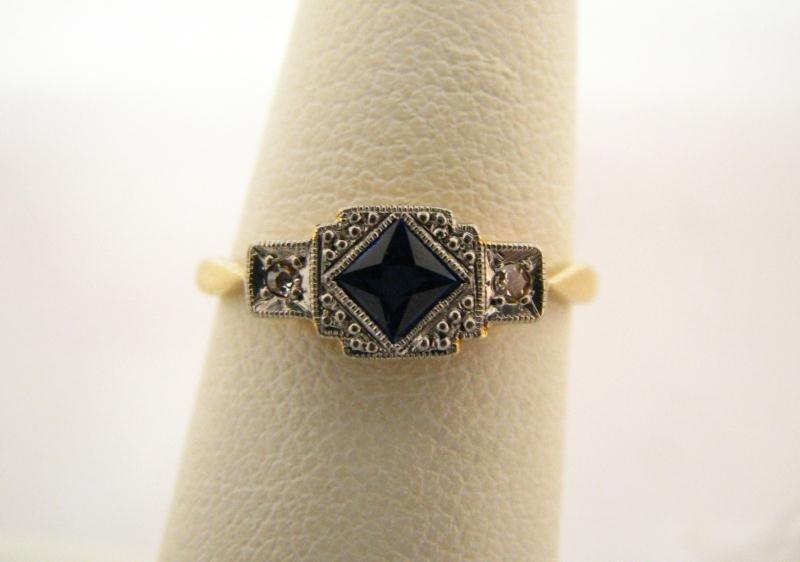 606: Antique 18K/Platinum Sapphire & Diamond Ring