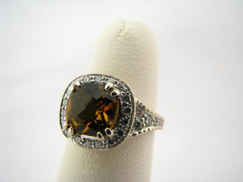 600C: 18K Penny Preville Diamond & Tourmaline Ring