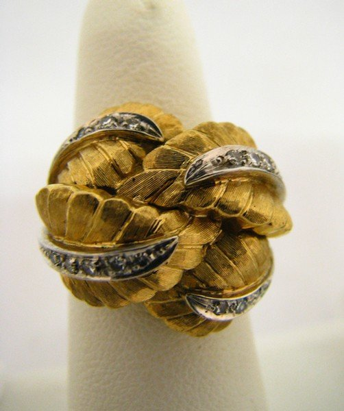 603A: Lady's 18K Yellow Gold & Diamond Ring