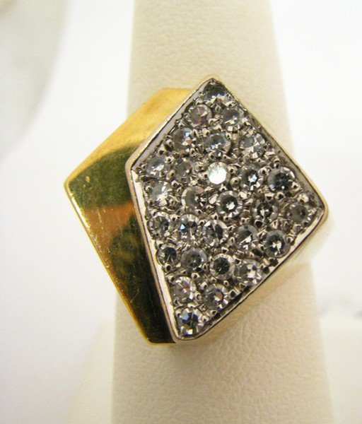 603B: Gent's 14k Yellow Gold Ring with Pave Diamonds