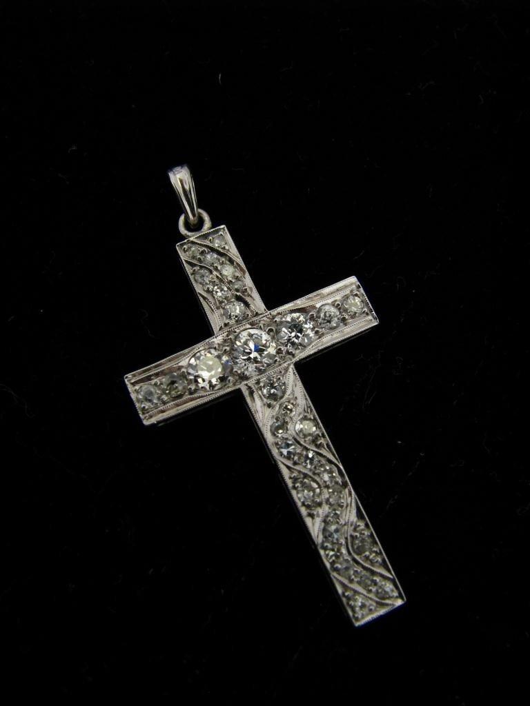 513: Beautiful 14k WG Diamond Cross, Swirl Design