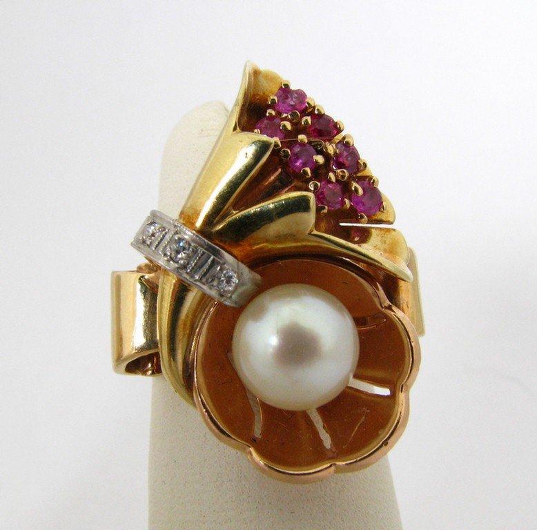 510A: 14K YG Lady's Ring, Rubies, Diamonds, Pearl