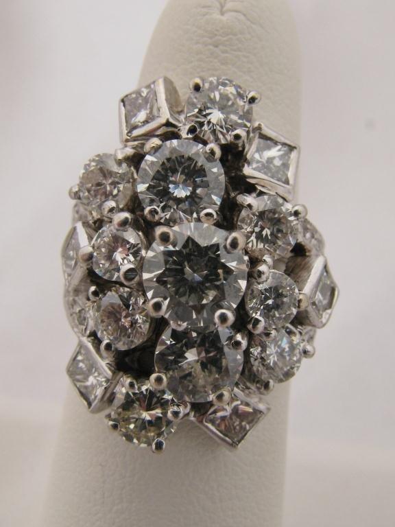 402: Lady's 14K WG Custom Made 6ct Diamond Ring