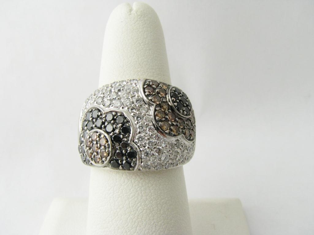 406: Designer Lady's WG Floral Motif Diamond Ring