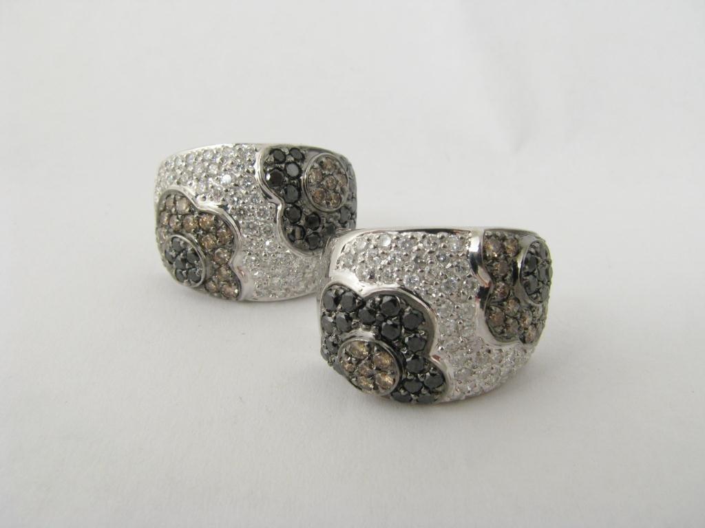 407: Designer Lady's WG Floral Motif Diamond Earrings
