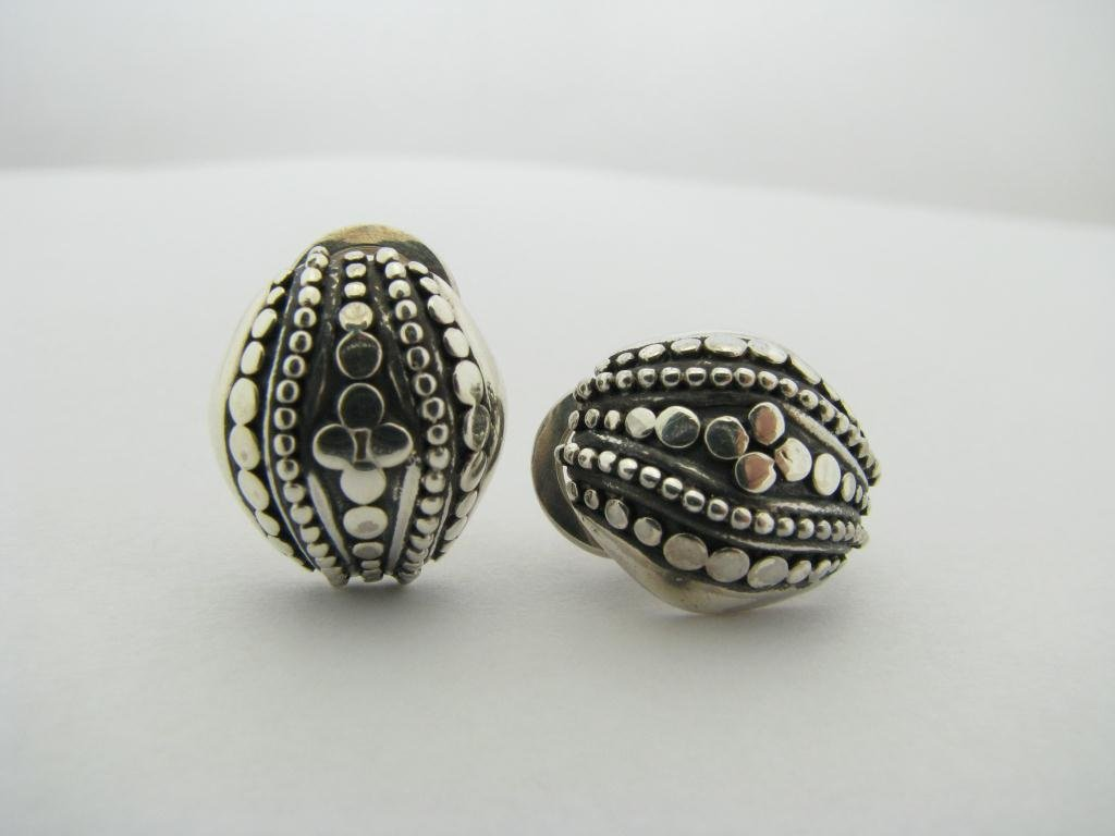 414: John Hardy Designer Sterling Silver Dot Earrings