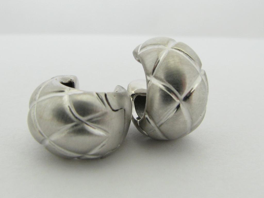 415: Lady's 18K WG Satin Finish Designer Earrings