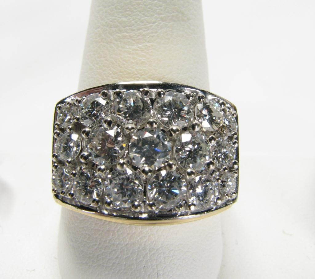 513: Very Bold 14k YG Gents Ring with 4.5cts Diamonds