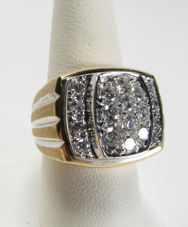 514: Gent's 14k YG 2ct Total Weight  Diamond Ring